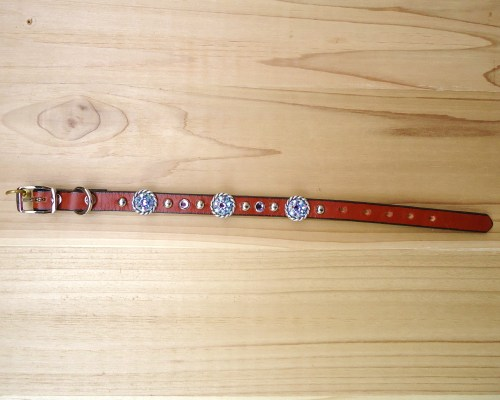 "1/2"" wide x 10"" length leather dog collar with Tanzanite Swarovski rope conchos, rimsets, and domes"