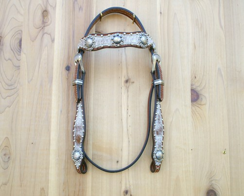Red roan headstall with berry conchos and buckle set